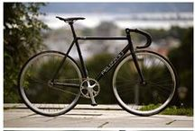 Fixed gear/ single speed / My fixie: bullhorn bar, color: white/light blue or black with a pop of color.