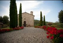Villa San Crispolto / Luxury villa for weddings in Italy, on Lake Trasimeno between Tuscany & Umbria
