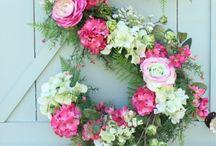 ➳ Floral / Pretty floral arrangements and decor