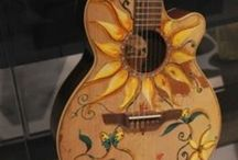 Painted guitars / Painted and decorated acoustic guitars.