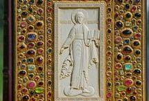 Книги (оклады книг) Ivory and jeweled book / коллекция книг - резная кость и ювелирное искусство