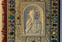 Саломакин О. - Коллекция книг в окладах - *Воспоминания о Византии* / Саломакин О. Иконы - кость бивень мамонта. Оклады  золото, серебро, камни, эмали и др.