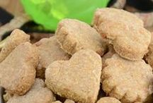 Try This / Crafts for pets (home-made dog treats, etc.)