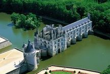 Loire Valley Travel Inspiration / The spectacular Loire Valley and its main tributary, the River Cher, have carried cargo and passengers for over 2000 years, since pre-Roman times. The Valley of the Kings is a timeless region of spectacular beauty and grace and we are delighted to offer the only hotel barge navigating the heart of the Loire Valley.