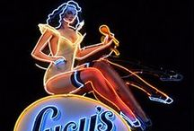 NEON ART / the utter creativity of a neon image