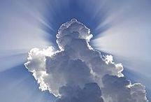 Heavenly Blue / A colour of reverie.