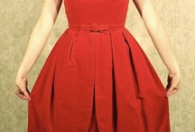 Vintage Red Dresses / by Elsa Mora