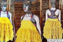 """"""" FALA ALGUMA COISA BUNITA"""" / Colete de William Feitosa para Atelier Espelhos da Arte  Vestido tomara que caia acervo EDART  https://atelieredart.wordpress.com/ https://www.facebook.com/atelier.espelhosdaarte"""