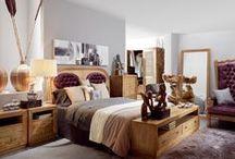 AMBIANCES CHAMBRES À COUCHER / Grand catalogue avec une sélection d'éléments pour votre chambre à coucher. Ensemble de meubles, idée pour donner de la personnalité à votre décoration d'intérieurs.