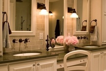 Gorgeous Bathrooms / Better Homes and Gardens Rand Realty's board on bathroom decor.