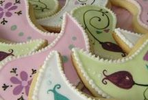 #cupcake#cake#cookies#sweet / by Rebecca Eissler Myers