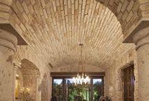 parete in pietra e in legno