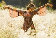 Gypsy woman / clothing with a feeling of freedom