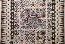 Carolyn Konig Designs / Love reproducing antique style medallion, applique, hand and machined pieced quilts using reproduction fabrics