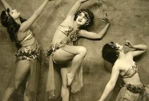Feminine Inspiration / vintage photos, fashion icons / by Jillian Chamberlin
