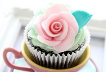 Cupcakes and CakePops / by Ana Andreu