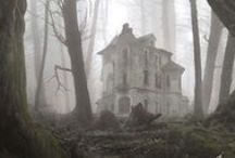 Dream Haunted House / Cute ideas for creating the best haunted house on your block!
