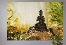 Decoración oriental @decoraciondepared / Convierte tu casa en un remanso de paz con #fotomurales y #vinilos inspirados en la filosofía oriental. Flores de loto, la ceremonia del té, la filosofía budista...