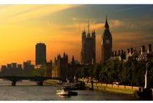 Viaja con @decoraciondepared / Disfruta de todos los días como si te encontrases de vacaciones indefinidamente con los #fotomurales y #vinilos de viajes. Admira la Torre Eiffel como si estuvieses en el Champ de Mars de Paris y disfruta de un amanecer a las orillas del Támesis en Londres. ¡Viaja sin moverte de tu sofá!