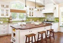 Kitchens We Love / Inspiration for a dream kitchen! #homedecor #kitchen #dreamhome