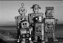 ROBOTS //