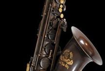 Music instruments / Instrumentos musicais: http://www.meloteca.com/instrumentario.html