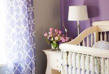 Children's rooms / Nursery & kids bedroom inspiration - ideas for color palettes, furniture arrangement, wall art and decor.