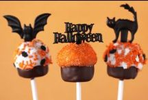 Haunting Halloween Party Inspiration / Everything you need for a spooktacular Halloween!