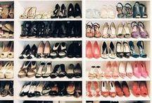 Sapatos e organização / Sapatos... Ah os sapatos!!! Minha grande paixão que merece cuidados especiais, afinal cada um é único e precisam ser bem guardados para que durem bastante...