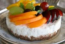 Raw Food Recipes / Raw food recipes, inspiration and articles