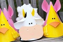 """Birthday party: Farm theme / Party Planning Inspiration for an """"Old McDonald Had a Farm"""" or any farm themed birthday party. Food ideas, party decor, party favors, table settings, games and activities, invitations, printables, party attire, cake and cupcake ideas and more!"""