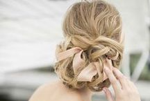 Hairstyles and Hair Accessories / Hairstyles and accessories for weddings and everyday.