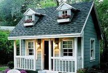 Kis ház inspirációk / Szeretnék az udvarba egy kis faházat is, ami szükség esetén lakható is lenne, teljes felszereltséggel. Ehhez itt gyűjtöm az inspirációkat.