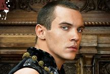 The Tudors ( LOVE! ) a lot of obsessed!!! / by Jessica Hatt