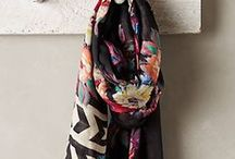 Accessories / Scarves, shoes, ponchos, accessories of all kinds. Mostly printed.