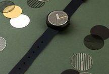 Hatch watch / Hatch watch creates different cross-hatching patterns when time changes.