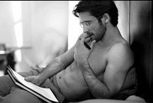 Reading is sexy! / Hot guys reading. What a combination!