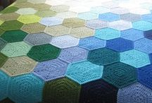 snoesig (heksagon) / cozy crochet throws with hexagons