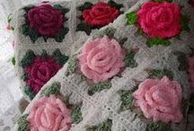 snoesig (blomme en vrugte) / cozy crochet throws with flowers/fruit
