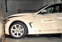 Crash Test coches / Los vehículos se someten en CESVIMAP a crash tests delanteros y traseros (según el estándar RCAR), que arrojan datos significativos para la peritación, la reparación y el diseño de los modelos ensayados.