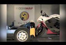 Crash Test motocicletas / Las motocicletas se someten en CESVIMAP a crash tests delanteros, que arrojan datos muy significativos referidos a la peritación, la reparación y el diseño de los modelos ensayados.
