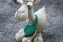 speel-speel (kamele, llama ) / crochet camels. llamas