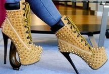 When shoes make the outfit / Shoes!! that make the outfit look hott .. beautiful shoes