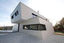Can Brou / Construcción de casas de diseño, sostenibles, eficientes y en un plazo de construcción de 6 meses