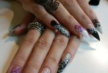 My goth and alternative nails / stiletto nails, gothic nails, cat desing nails