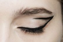 Makeup / May the wings of your eyeliner always be even -BH
