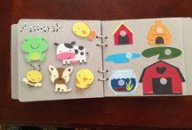 quiet boek / Activiteiten boek van stof voor kleine kinderen