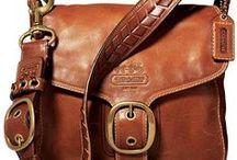 Bags I Like / by Yamilette Ducos