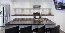 Before & After: Transitional Kitchen / Kitchen Renovation