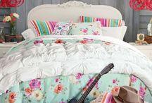 Room Ideas Shelby / by Leslie Grove